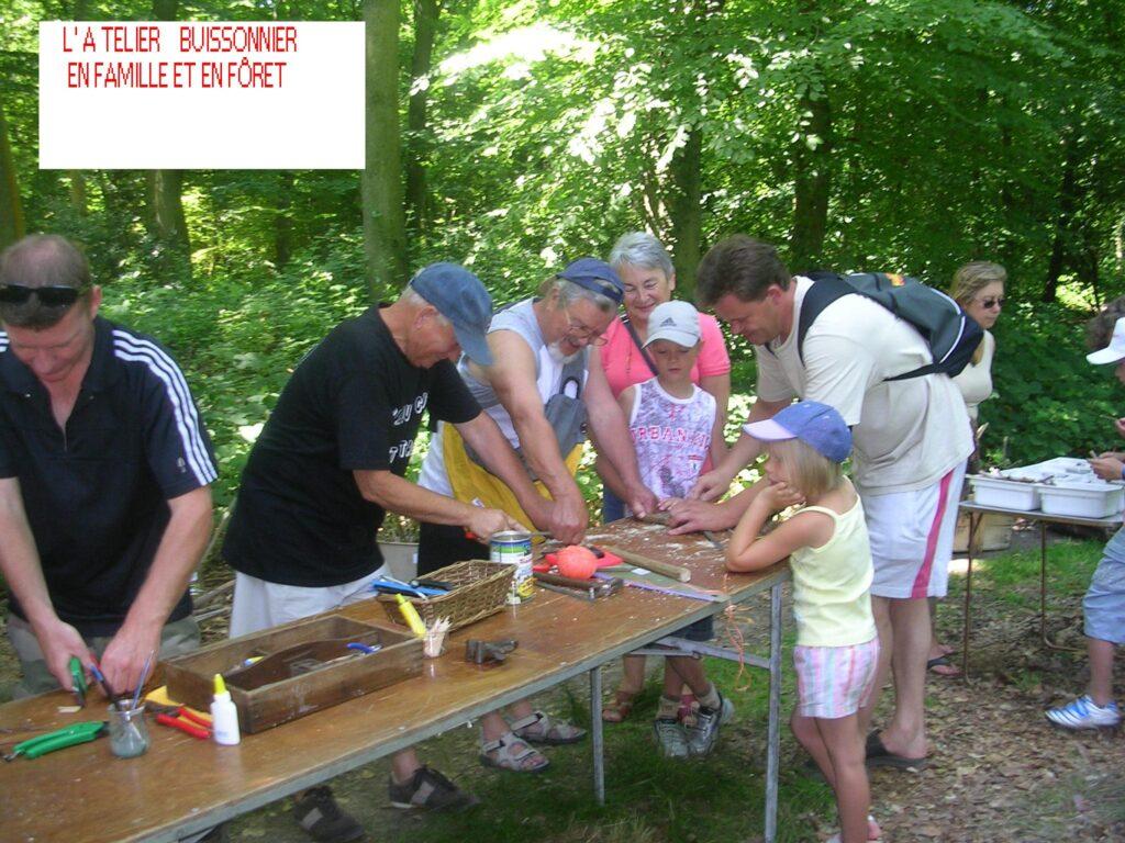 photos groupe 3 generations 1024x768 Les ateliers à faire en famille cet été :